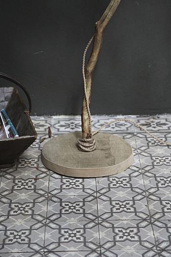 wooninspiratie houten vloerlamp