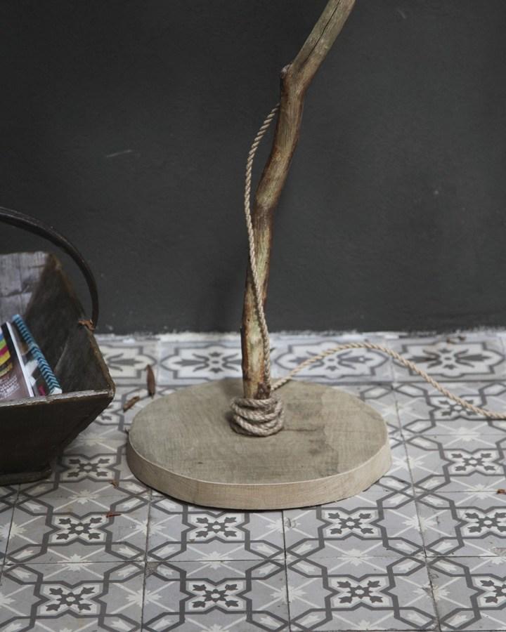 houten vloerlamp houten voet